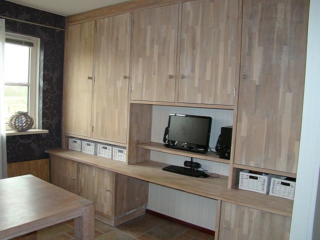 Multiklus b hesselink klusbedrijf op ameland meubels for Steigerhout wandmeubel